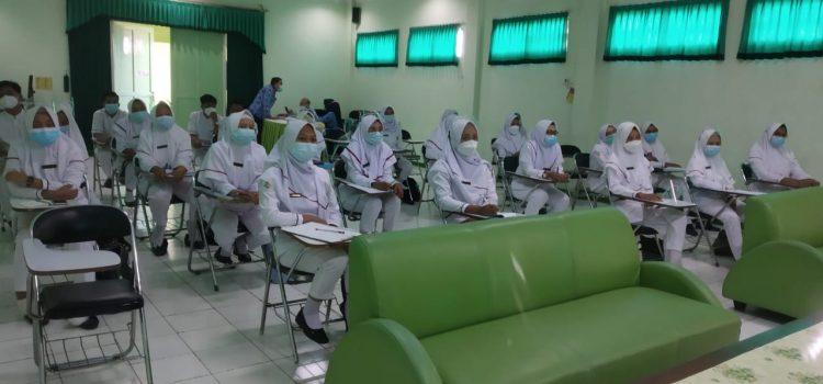 Pembekalan Mahasiswa Praktik Prodi D-3 Keperawatan Poltekkes Kemenkes Semarang.
